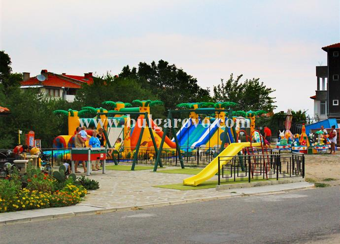 /uploads/realty/properties/lo5dd2drfdi/images/08-Villa_Stefania-Playgrounds-01.jpg C-347