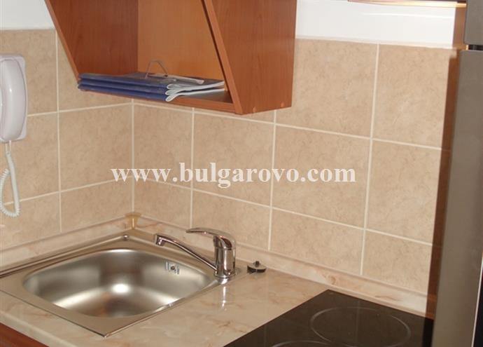 /uploads/realty/properties/zbcjqoom3g4/images/Kitchen_box__2_.jpg P-401